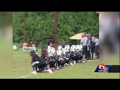 Video shows Northshore youth football team kneel during national anthem  5a6ffcfcb