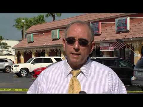 861b3df6e2 Jewelry store robbery ends with teen shot
